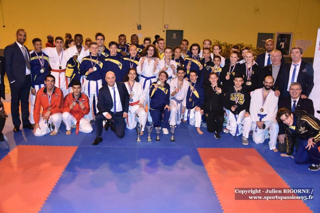 karate-vo-2016-kumite-st-prix-podium-seniors