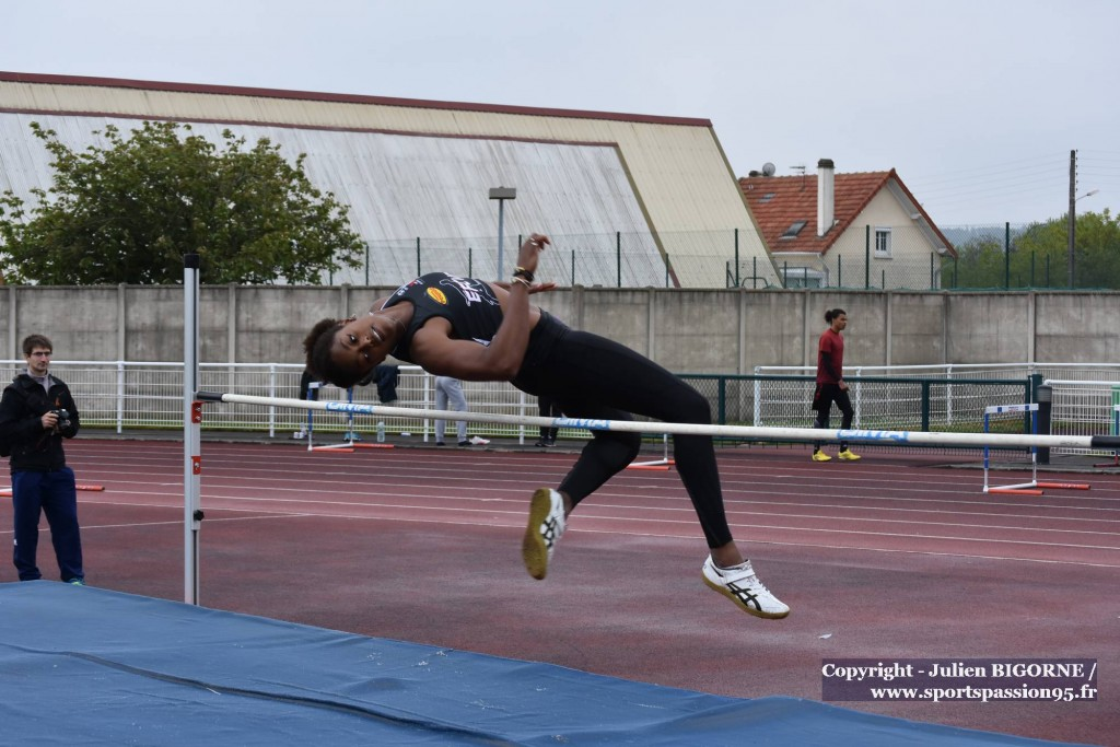 athletisme-f-hauteurF-aguessy thomas-DSC_1842